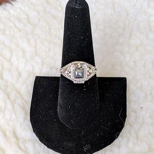 Jewelry - Beautiful Hematite Poison Ring 925